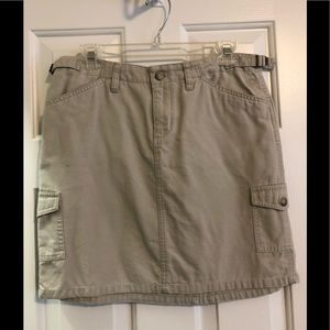 Cute North Face khaki skirt